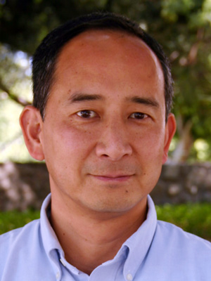 Linus Yamane, Professor of Economics and Asian American Studies