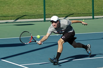 Jake Yasgoor '17 won all four of his singles matches at the Stag-Hen Men's Tennis Tournament this week, including three on Friday and Saturday at the Stag-Hen Invitational.
