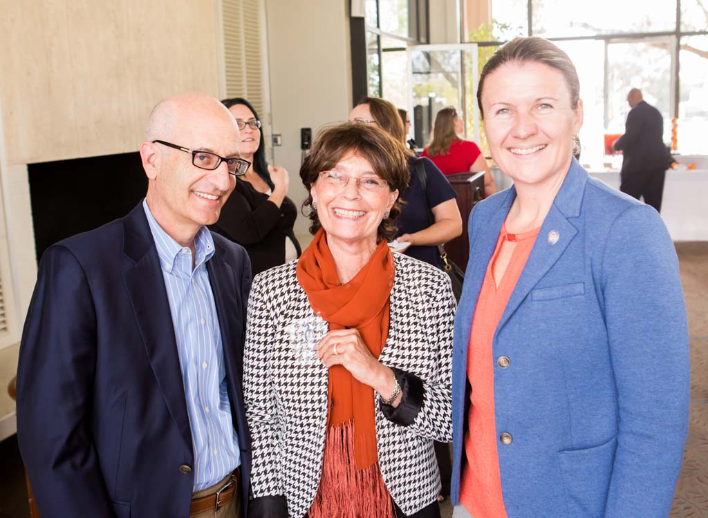 Trustee Donald Gould, Suzanne Oliver and Director of Pomona-Pitzer Athletics Lesley Irvine.