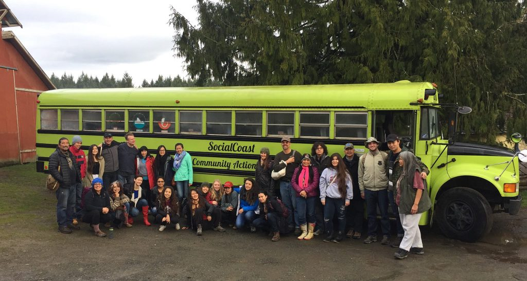 Pitzer students, faculty and staff in Vancouver Island, spring 2016.