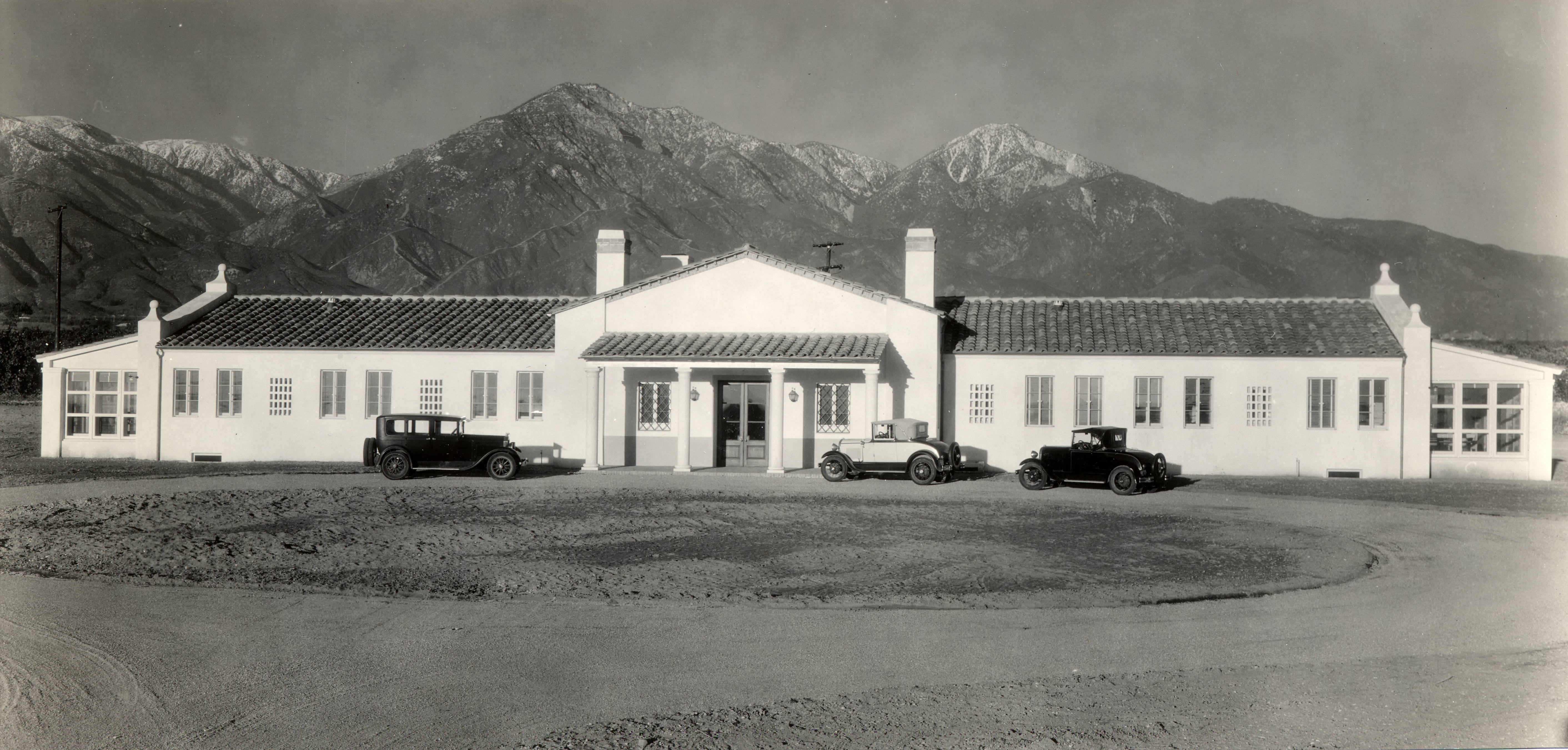 Photo: Claremont Colleges Memorial Infirmary (c. 1931)