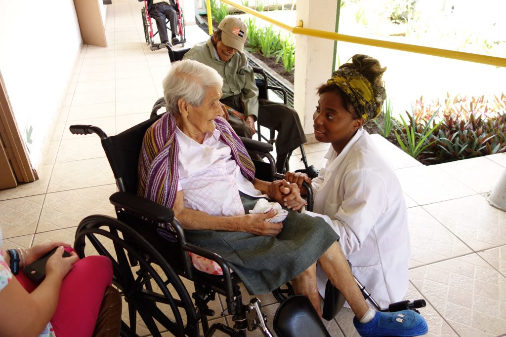 Internship with the elderly. Photo by Mike Donahue